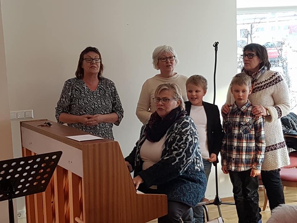 Kvenfélag Álftaneshrepps kom í heimsókn í Brakarhlíð sunnudaginn 28.janúar. Kven...